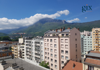 Sale Apartment 4 rooms 65m² Grenoble (38100) - Photo 1
