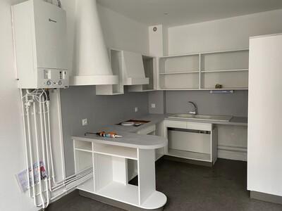 Location Appartement 3 pièces 89m² Saint-Étienne (42000) - Photo 7