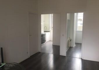 Renting Apartment 2 rooms 48m² Pau (64000) - photo 2