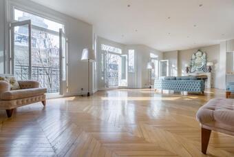 Vente Appartement 7 pièces 273m² Paris 07 (75007) - photo 2