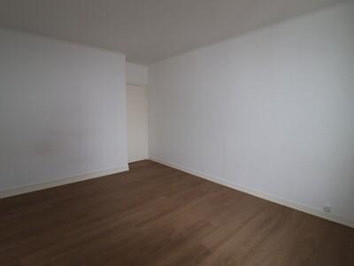 Location Appartement 4 pièces 106m² Pau (64000) - Photo 12