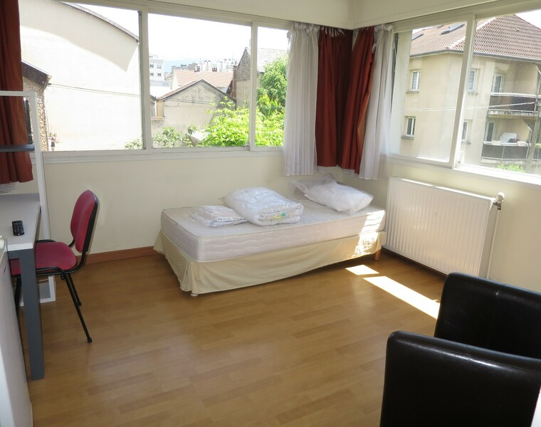 Location Appartement 5 pièces 76m² Grenoble (38000) - photo