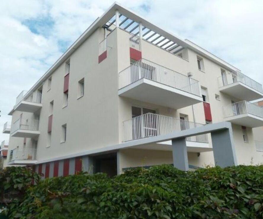 Renting Apartment 1 room 32m² Seyssinet-Pariset (38170) - photo