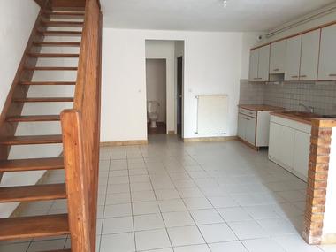 Location Appartement 5 pièces 145m² Fréville (88350) - photo