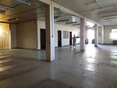 Vente Local commercial 250m² Pau (64000) - Photo 4