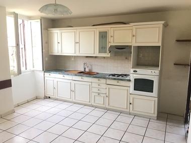 Location Maison 4 pièces 80m² Saint-Jean-en-Royans (26190) - photo