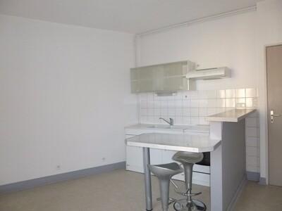 Location Appartement 2 pièces 29m² Montrond-les-Bains (42210) - photo