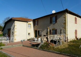 Vente Maison 130m² Secteur CHARLIEU - Photo 1