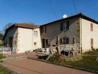 Vente Maison 130m² Secteur CHARLIEU - Photo 1