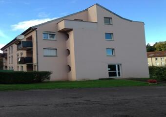 Renting Apartment 2 rooms 47m² Luxeuil-les-Bains (70300) - photo