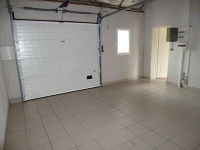 Location Maison 4 pièces 97m² Momas (64230) - Photo 16