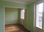 Location Appartement 4 pièces 81m² Saint-Bonnet-de-Mure (69720) - Photo 4