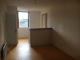 Location Appartement 2 pièces Chauffailles (71170) - photo 2