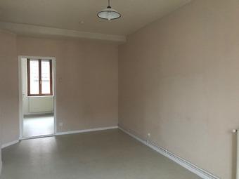 Renting Apartment 2 rooms 30m² Lure (70200) - photo