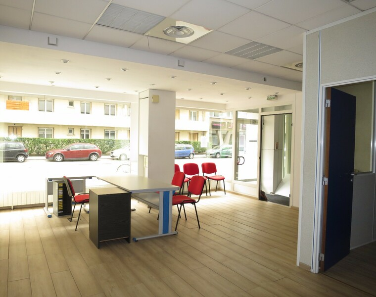 Vente Local commercial 4 pièces 110m² Grenoble (38000) - photo