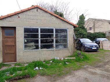 Sale Land 214m² Lauris (84360) - photo