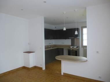 Location Appartement 2 pièces 49m² Houdan (78550) - photo