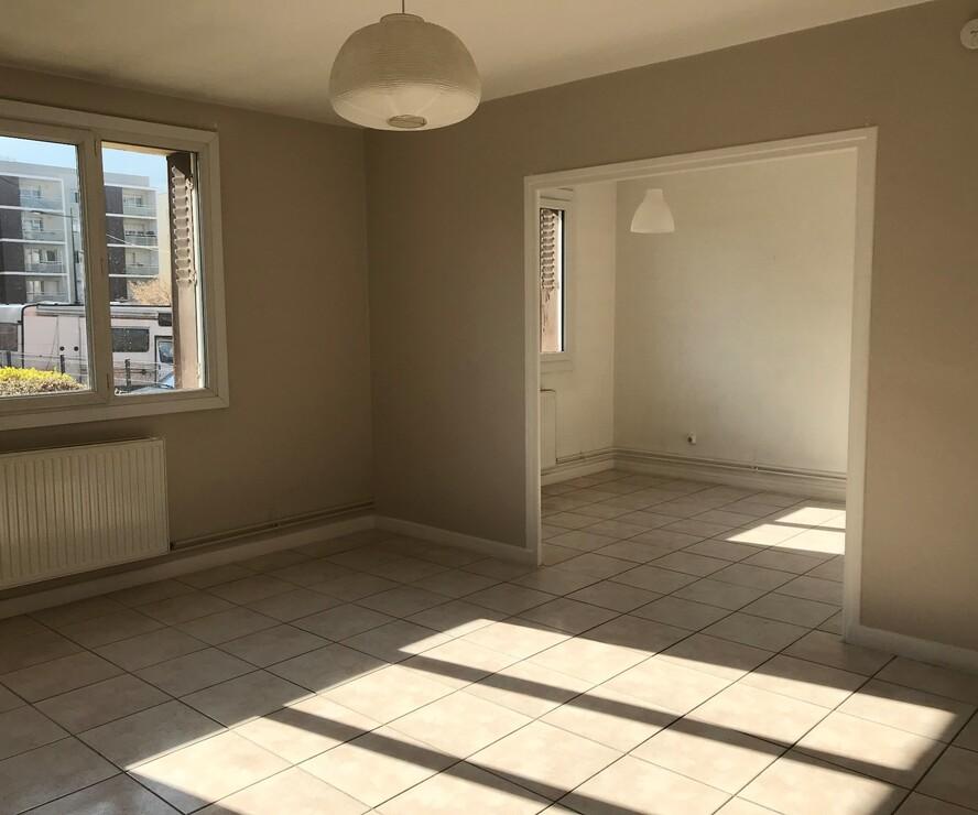 Vente Appartement 4 pièces 61m² Saint-Martin-d'Hères (38400) - photo