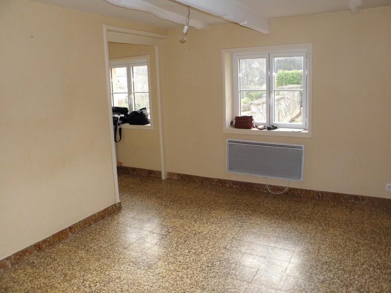 Location Appartement 2 pièces 48m² Saint-Denis-de-Cabanne (42750) - photo
