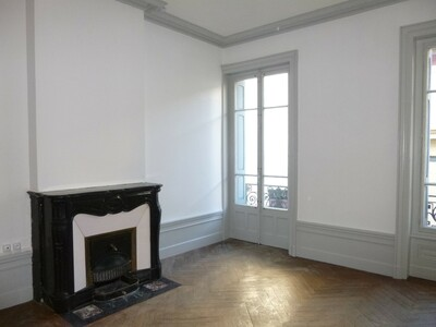 Location Appartement 3 pièces 97m² Saint-Étienne (42000) - photo