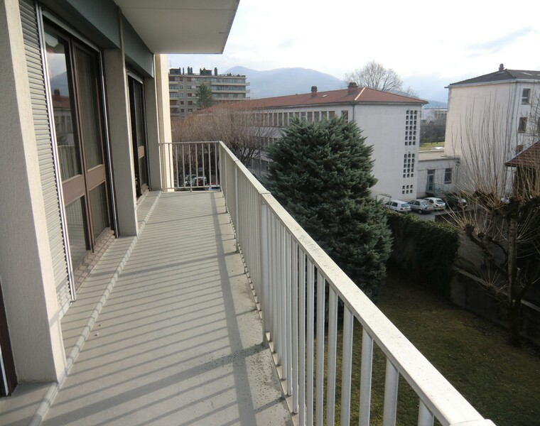 Location Appartement 3 pièces 74m² Grenoble (38100) - photo