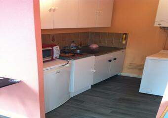 Renting Apartment 1 room 20m² Luxeuil-les-Bains (70300) - Photo 1