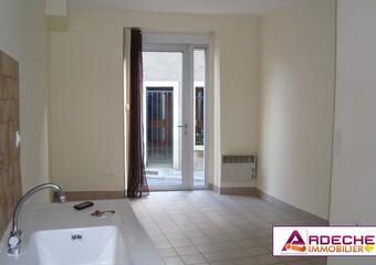 Location Appartement 4 pièces 70m² Chomérac (07210) - Photo 1