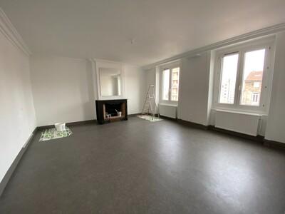 Location Appartement 3 pièces 89m² Saint-Étienne (42000) - Photo 2
