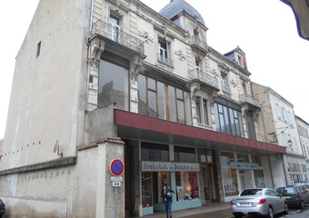 Location Local commercial 116m² Cusset (03300) - Photo 1