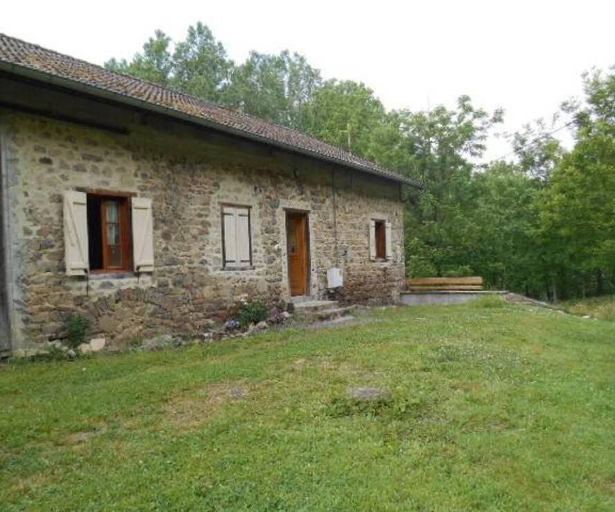 Location Maison 4 pièces 96m² Ronno (69550) - photo