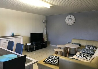 Renting Apartment 3 rooms 77m² Lure (70200) - photo