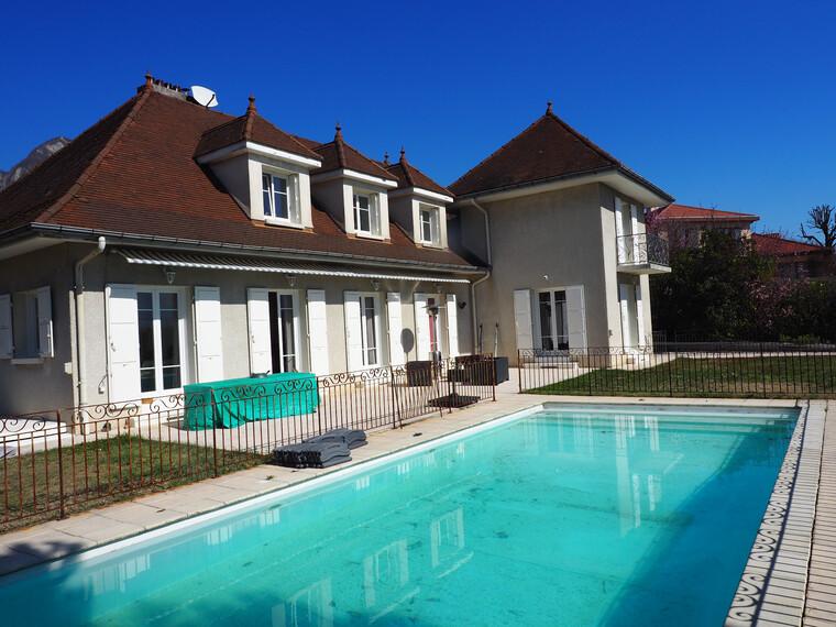 Vente Maison 8 pièces 245m² Saint-Ismier (38330) - photo