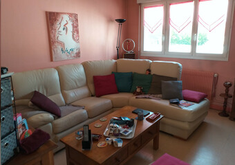 Sale Apartment 4 rooms 71m² Lure (70200) - photo