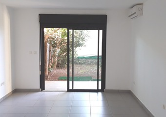 Location Appartement 1 pièce 37m² La Bretagne (97490) - Photo 1