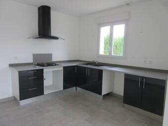 Location Appartement 4 pièces 90m² Breuilpont (27640) - photo 2