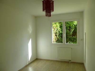 Vente Appartement 3 pièces 57m² Saint-Jean-Bonnefonds (42650) - Photo 8