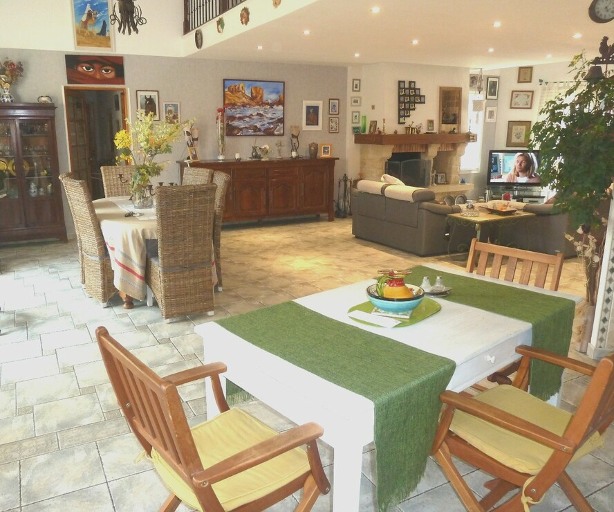 Vente Maison 6 pièces 230m² Saint-Hippolyte (66510) - photo