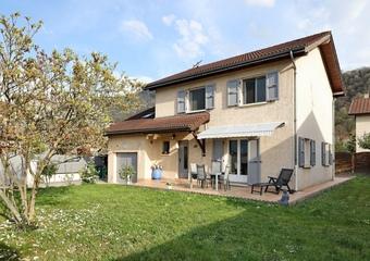 Vente Maison 5 pièces 150m² Domène (38420) - Photo 1
