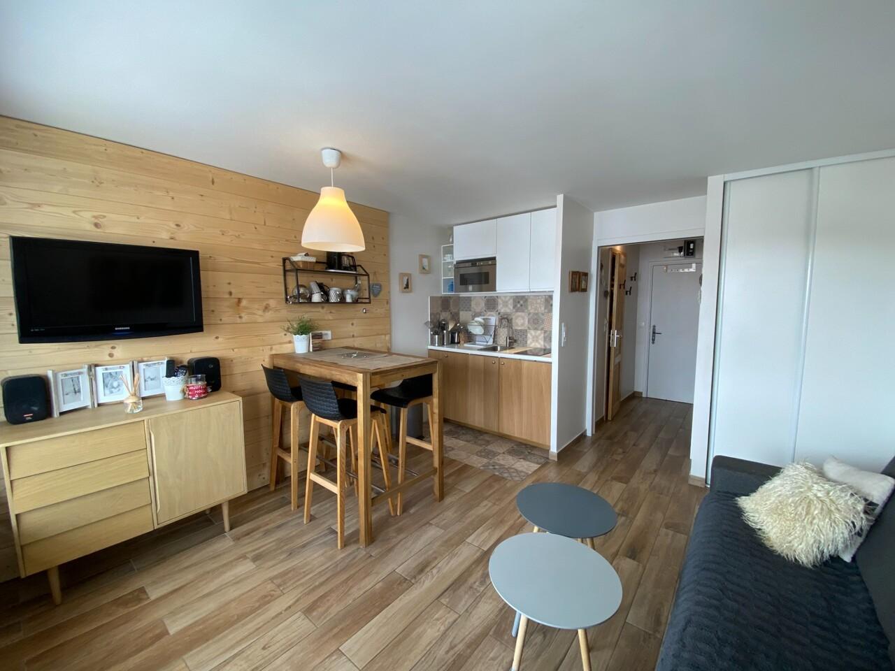 FLAT INTERIEUR MODERENE VAL THORENS Accommodation in Val Thorens