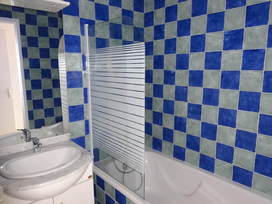 location appartement 2 pi ces mont limar 26200 142438. Black Bedroom Furniture Sets. Home Design Ideas