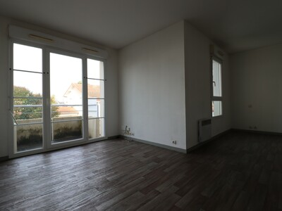 Location Appartement 1 pièce 28m² Pau (64000) - Photo 3