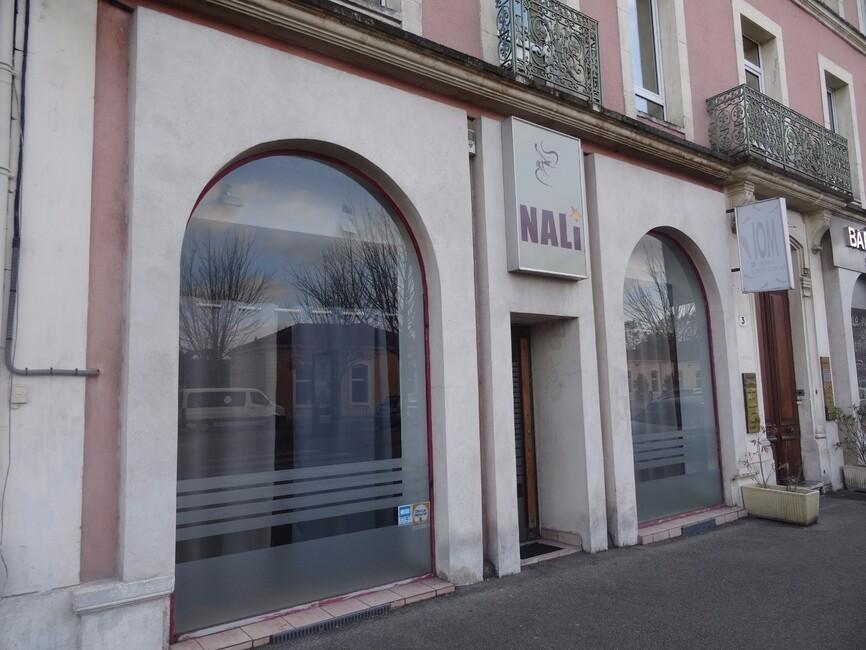 Vente Local commercial 2 pièces 123m² Romans-sur-Isère (26100) - photo