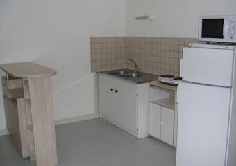 Location Appartement 2 pièces 38m² Argenton-sur-Creuse (36200) - Photo 1