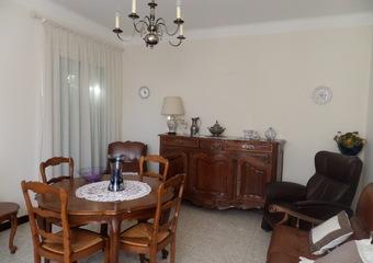 Vente Maison 4 pièces 113m² Apt (84400) - photo 2