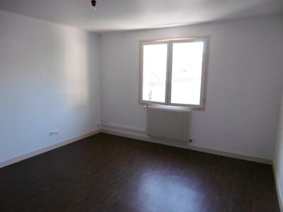 Location Appartement 2 pièces 57m² Lezoux (63190) - Photo 9