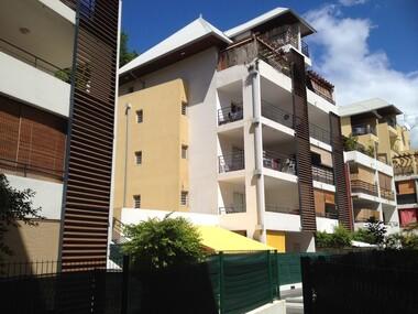 Location Appartement 1 pièce 21m² Saint-Denis (97400) - photo