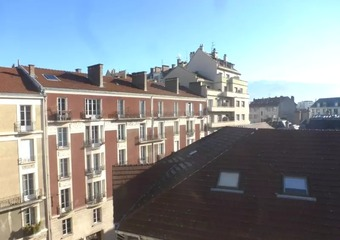 Renting Apartment 2 rooms 66m² Grenoble (38000) - Photo 1