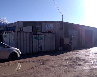 Sale Commercial premises 600m² Bernin (38190) - photo