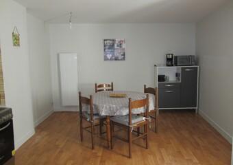 Location Appartement 2 pièces 45m² Argenton-sur-Creuse (36200) - Photo 1