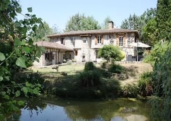 Sale House 12 rooms 270m² L'ISLE JOURDAIN / GIMONT - photo
